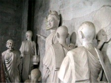 Diorama of Buddhist teachings